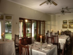 Musketeers Guest House Dining Room